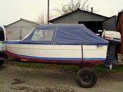 продается пластиковая 4-х местная лодка с мотором